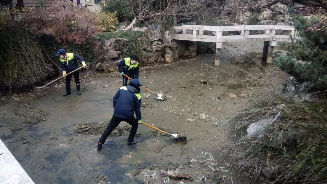 景观池淤泥清理