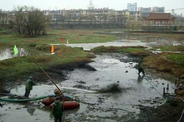 从化太平镇红石村池塘淤泥清理